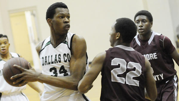 Dallas County power forward William Lee played in his first game in over two weeks in the Hornets' win over Elmore County.