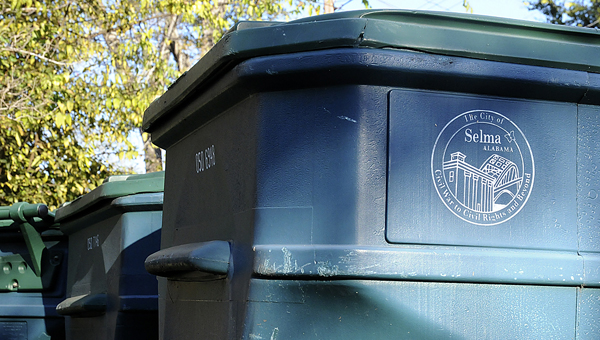 The Memorial Day holiday Monday has led to Selma officials and Advanced Disposal to alter their garbage and trash pick-up schedules.