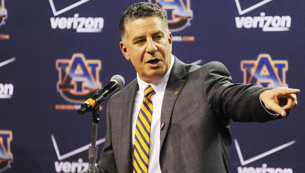 Auburn University head basketball coach Bruce Pearl headlines a list of speakers that will speak at Selma Quarterback Club meetings this year.   Pearl will speak Dec. 8, which is the last meeting of the year.--Zach Bland | Auburn University