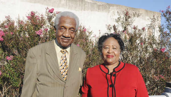 hall of fame: Fredrick Douglas Reese, Sr., left, and Joyce O'Neal, right, were inducted into the 2014 Alabama Senior Citizens Hall.