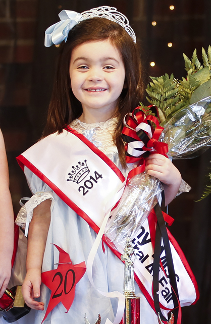 The new 2014 Tiny Miss Central Alabama Fair is Bella Roberts.