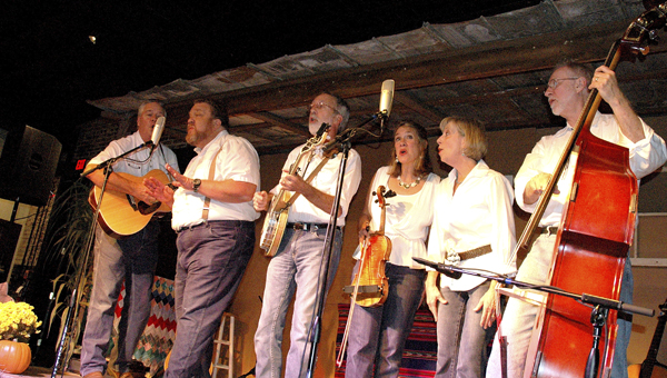 The popular music and comedy troupe The Dill Pickers will return to Selma's Tale Tellin' Festival this weekend.