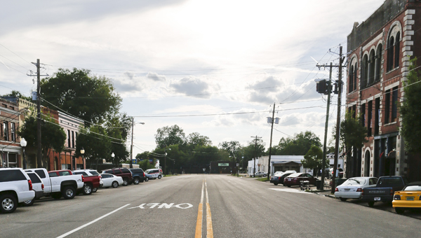 A streetscape project for Water Avenue has been delayed until late 2015 due to March's Bridge Crossing Jubilee and cost concerns.