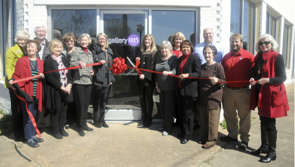 Gallery 905 celebrated its grand opening with a ribbon cutting Thursday with friends from the Selma and Dallas County Chamber of Commerce.