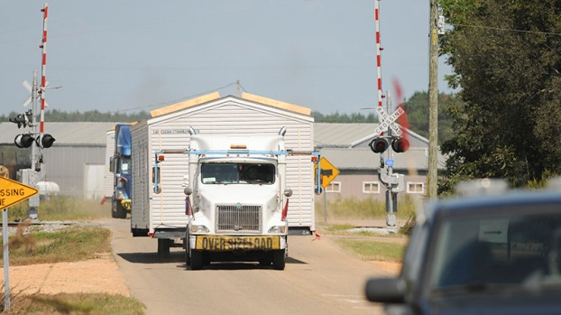 Some FEMA trailers on the move to Texas - The Selma Times ...